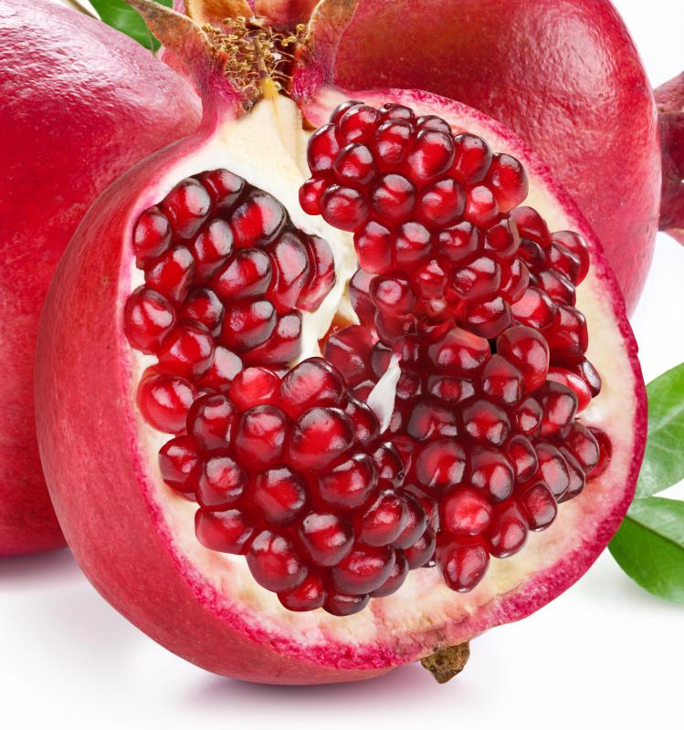 Pomegranate juice can be an ingredient in a vegan smoothie.