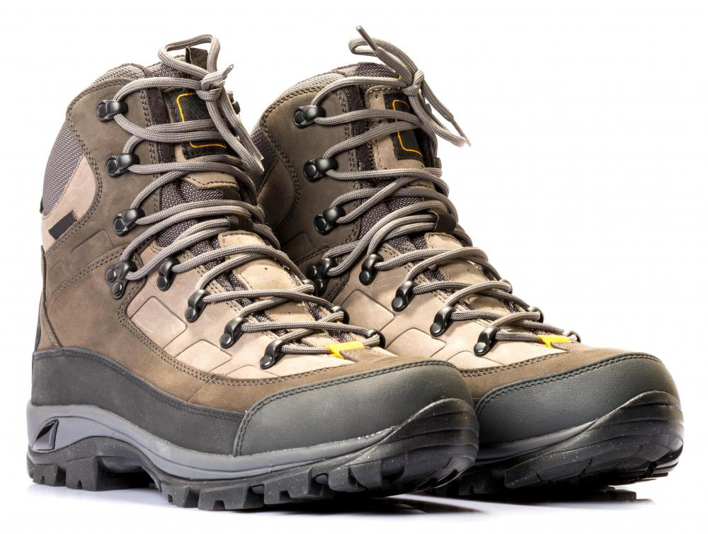Buying hiking boots