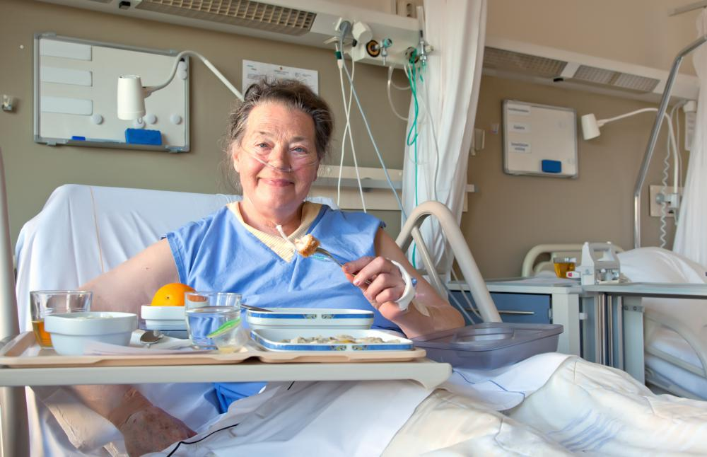 a pacu nurse monitors and cares for patients following surgery