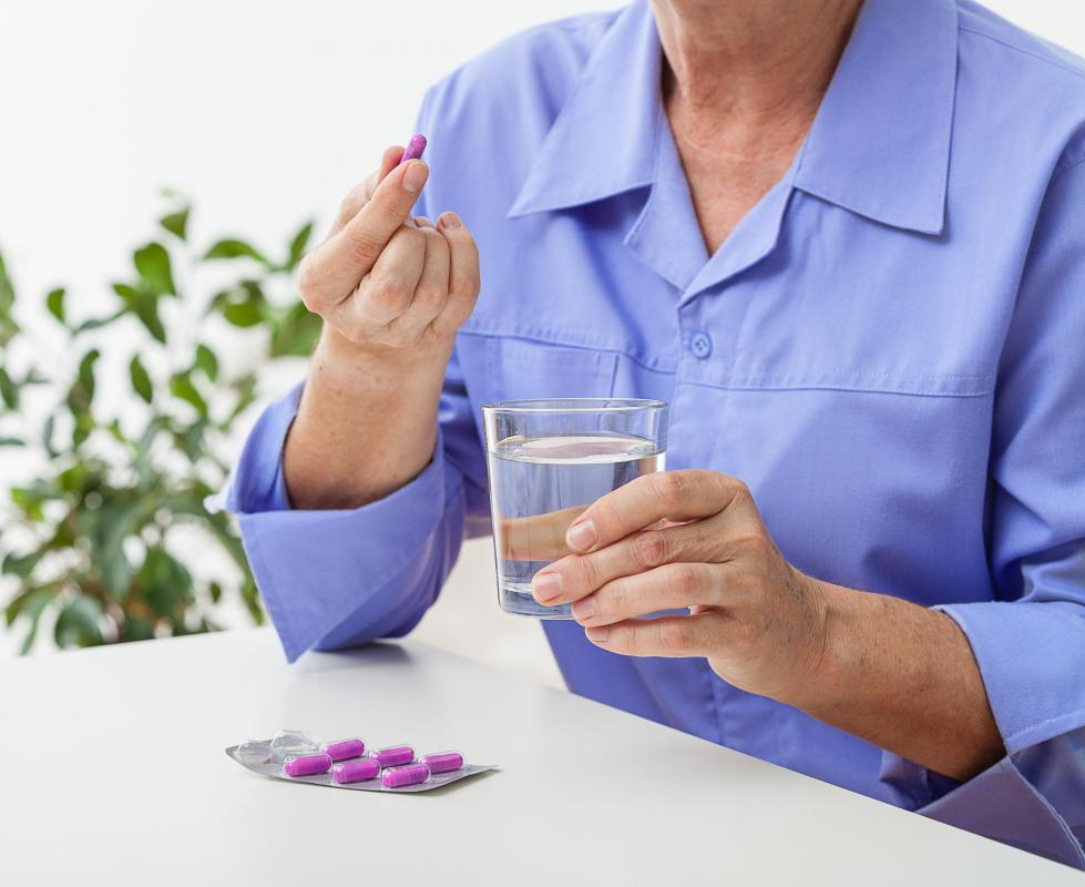 Ibuprofen and other non-steroidal anti-inflammatory drugs (NSAIDs) may help alleviate mild to moderate pain.