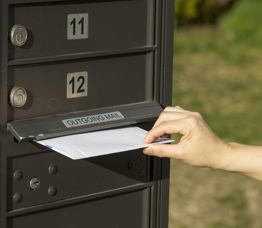 Express mail is an expedited service to quickly deliver important pieces of mail.