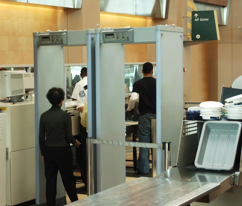 Arriving early helps ensure that passengers will make it through airport security in time for their flight.