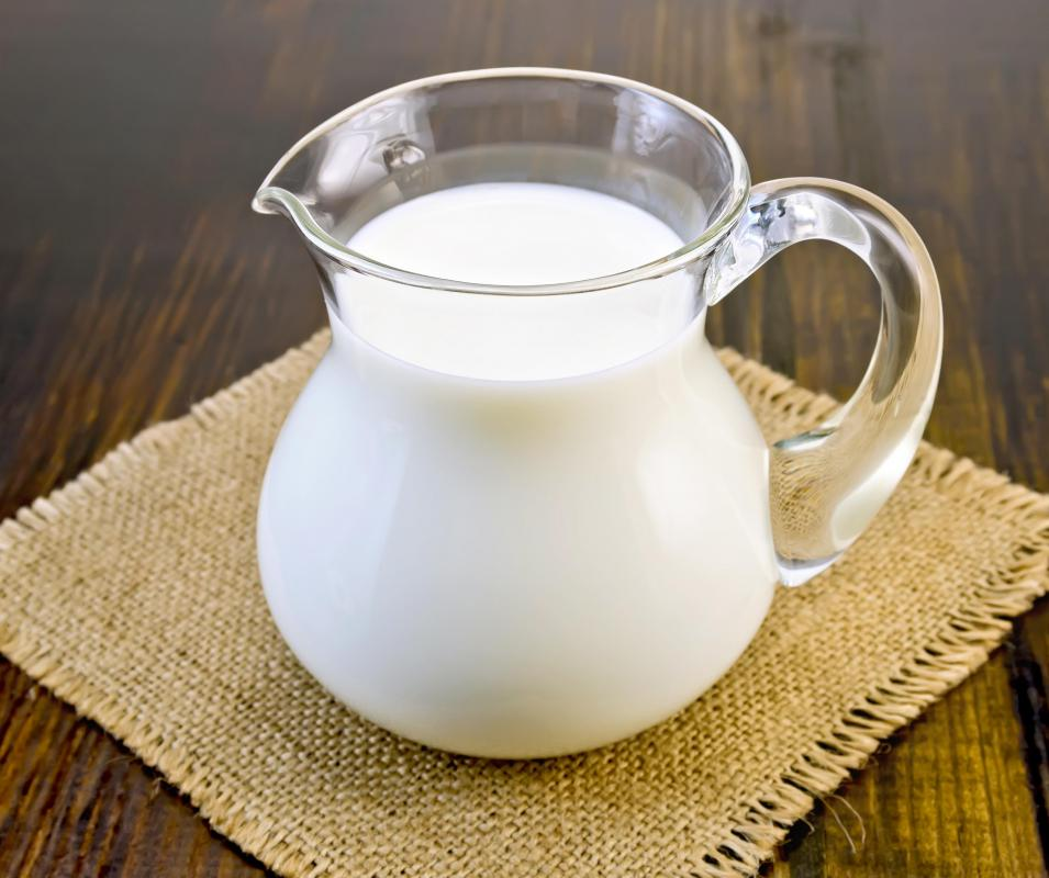 Fermented cow's milk is often used to produce organic cottage cheese.