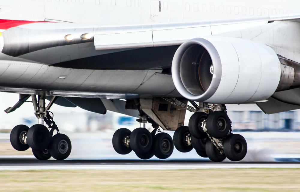 Many commercial airplanes have retractable landing gear that are only visible when landing or taking off.