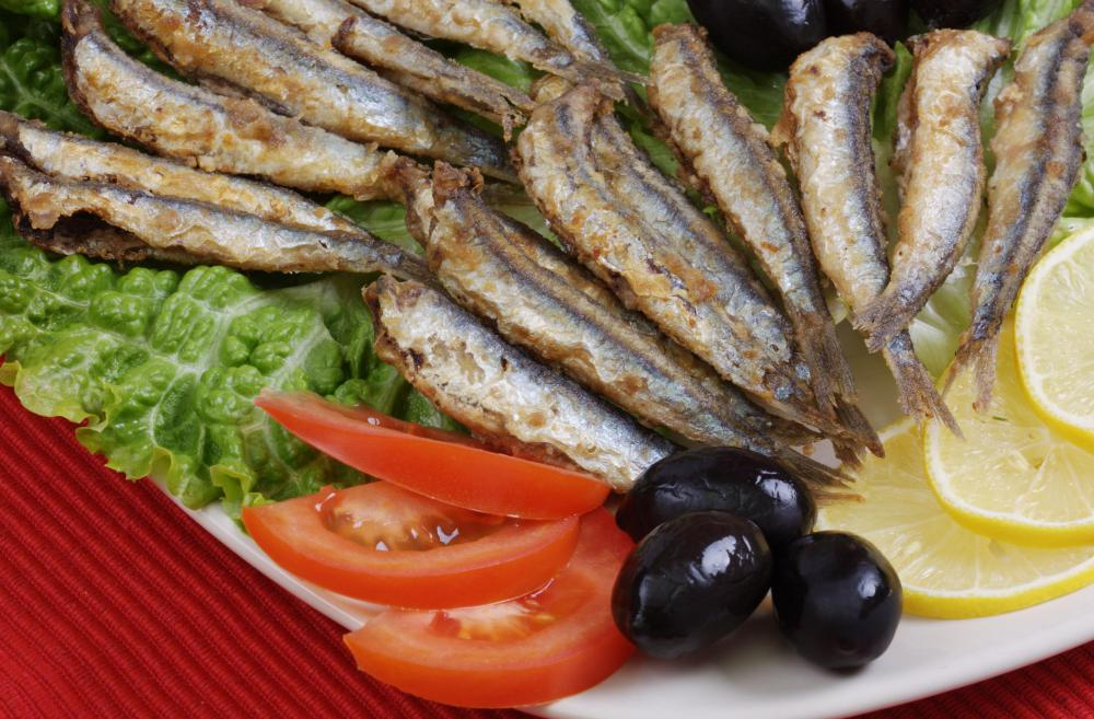 Fried anchovies served with vinegar are a popular Greek snack.