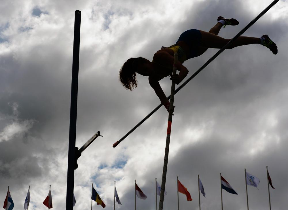 A decathlon may include pole vaulting events.