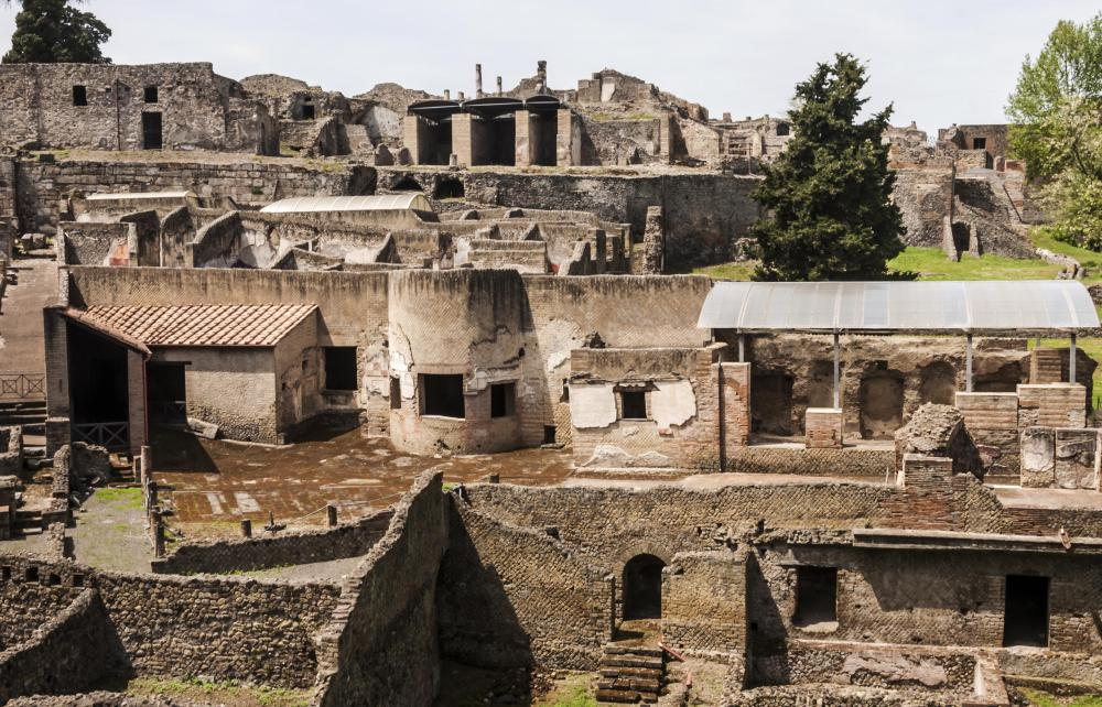 The earliest trompe l'oeil was uncovered in the ruins of Pompeii.