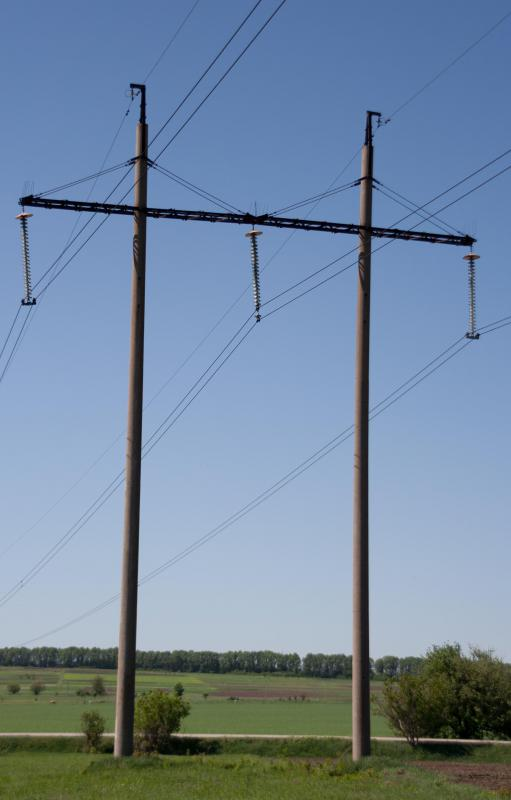 Direct current power lines send electricity over long distances at high voltages.
