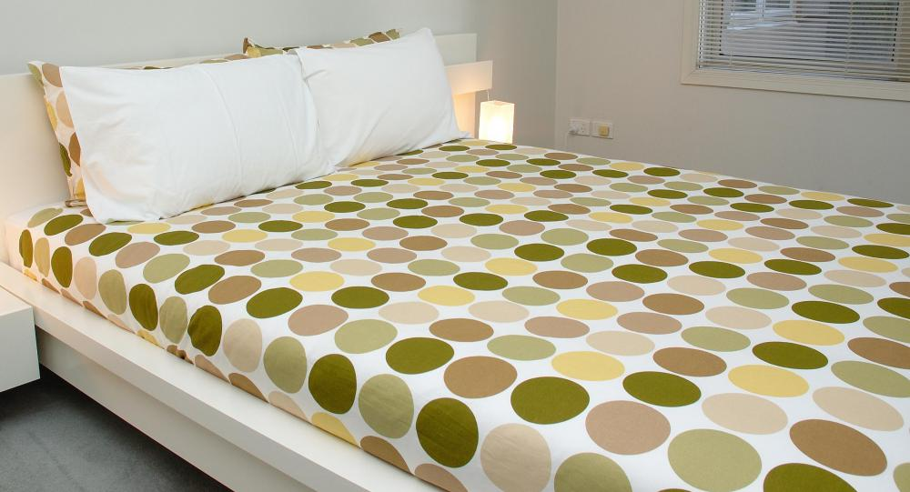 A queen bed fits sheets that are 59 inches by 79 inches.