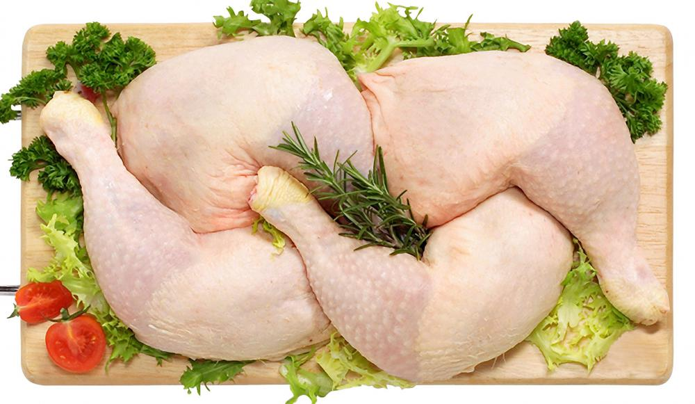 Herbs can be used to flavor organic chicken stock.