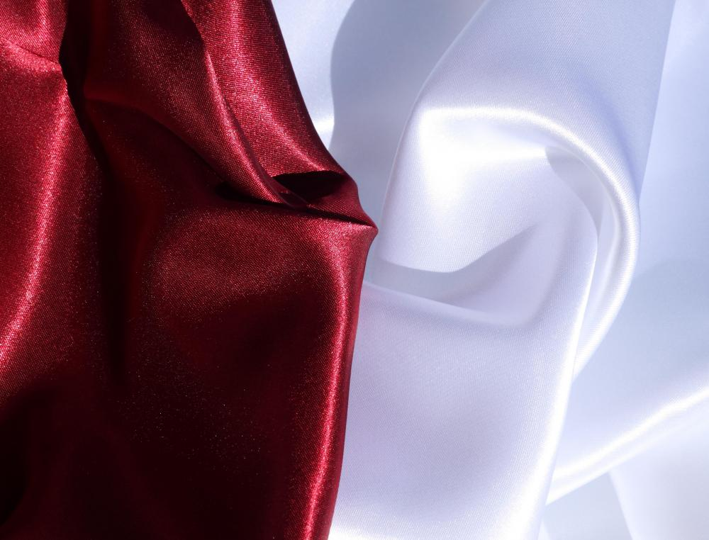 Satin is a popular fabric choice for balloon curtains.