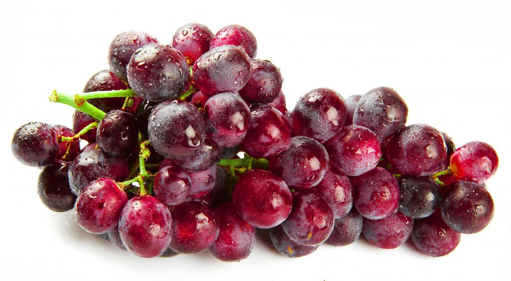 What Is Red Wine? (with pictures)