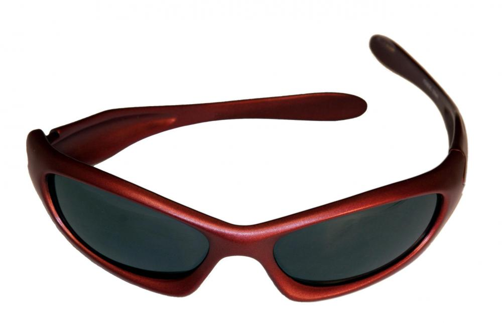 Sunglasses can help limit eye pain associated with exposure to light.