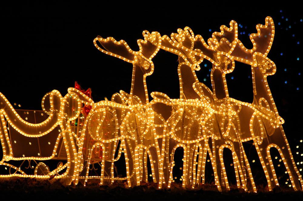 reindeer christmas lights in a yard - New Outdoor Christmas Lights