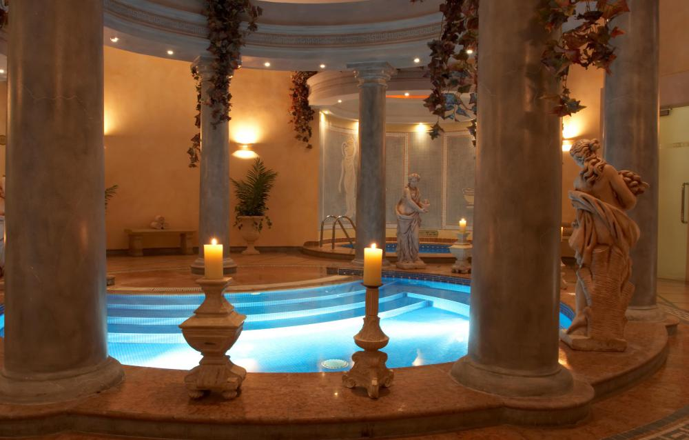 What is a Health Spa? (with pictures)