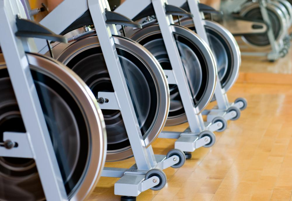 Taking a spin bike class can help build stamina in bikers.