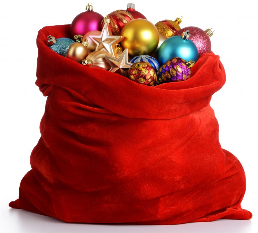 Christmas ornaments come in many varieties. - What Are The Different Types Of Christmas Ornaments?