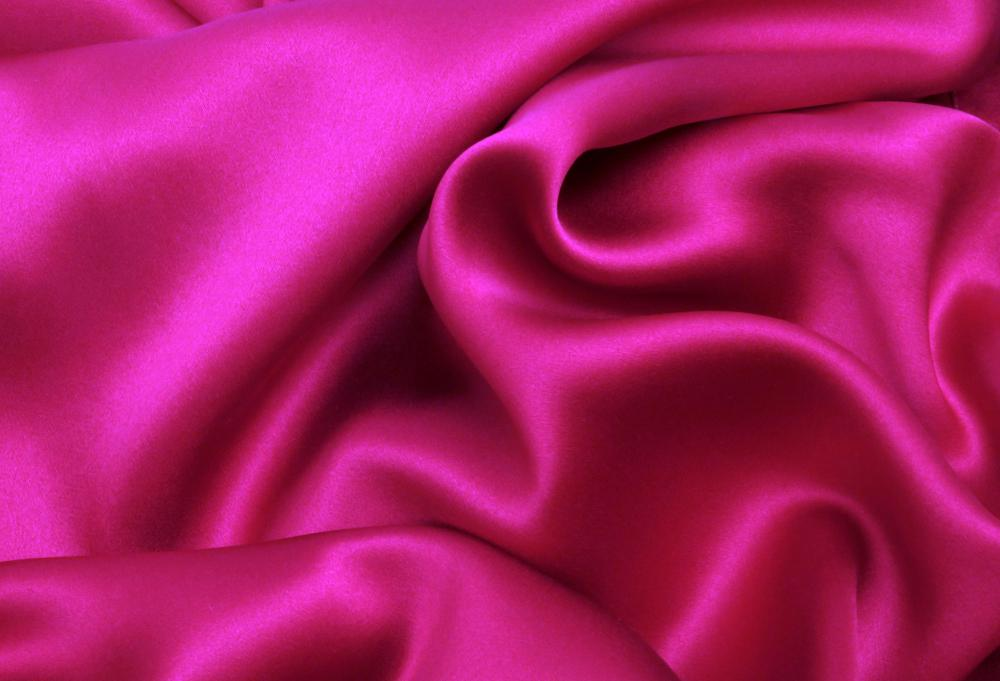 What are the pros and cons of silk underwear with pictures for Satin fabric