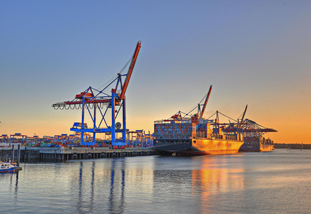 What Are the Different Types of Shipping Industry Jobs?