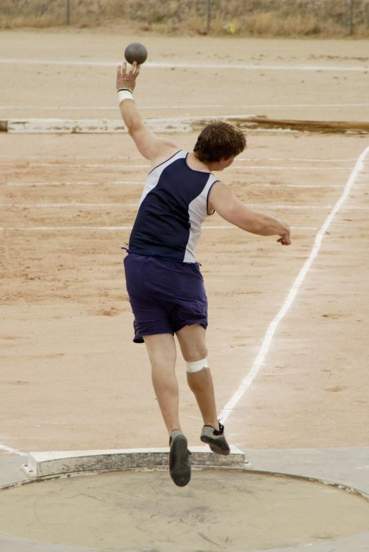 Shot put throwers use their body weight to increase the distance they can throw weights.