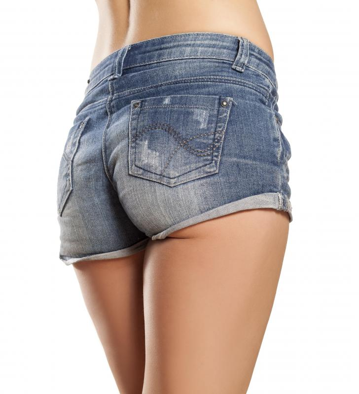 daisy-dukes-crotch-erotic-restraint-pictures