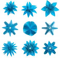 Modular origami can produce complex shapes.