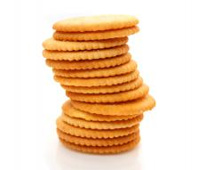 Crackers are a low fat alternative to chips.