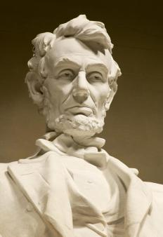 Abraham Lincoln used an epistrophe in his Gettysburg Address.