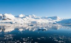 The Southern Ocean extends to Antarctica and is fed by glacier melt.
