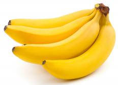 Eating too many bananas can contribute to hyperkalemia.