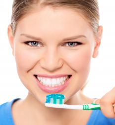 Toothpaste flows when the tube is squeezed, but then remains stable on the toothbrush.