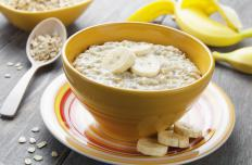 Oatmeal contains significant quantities of soluble fiber and other healthy nutrients.