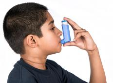 Asthma patients may be susceptible to issues that lead to green phlegm.