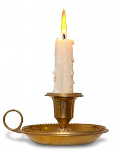 Colonial candles, which were made of beef tallow, were used for lighting purposes.