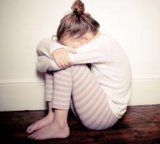 A child who has an internalizing emotional disorder tends to bottle up her emotions and become withdrawn.