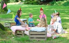 At a no-gift birthday party, children celebrate their friendship instead of presents.