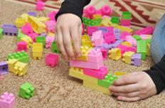 Building blocks are a classic children's toy favored for fostering creativity in children.