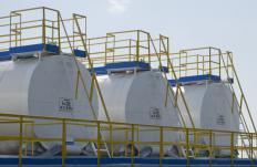 Tanks used to house this type of acid must be made out of special materials that the acid cannot react with.