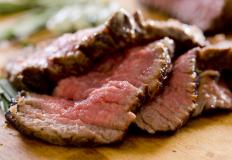 Eating red meat may help reduce one's chances of developing sessile polyps.