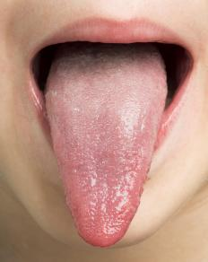 An aftertaste lingers on the taste buds after food is eaten.