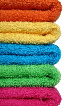 Colored cotton travel towels.