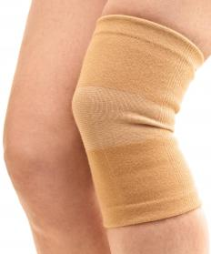 Compression bandages may be worn to reduce a keloid's appearance.