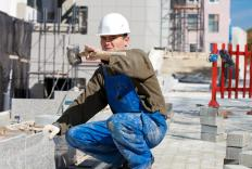 A mechanical estimator may work as a construction worker or manual laborer.