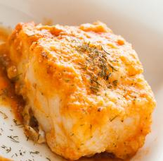 Pesce al cartoccio refers to a specific way of cooking fish.