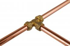 Copper pipes with a T coupler.