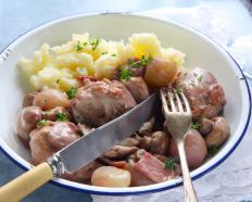 Coq au vin is an example of a braised food.