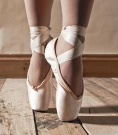 The best pointe shoes are determined by foot shape.