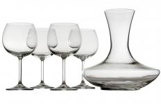 Carafes are often interchangeable with decanters, which allow wine to breathe.