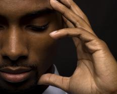 Headaches and dizziness are two possible negative reactions when taking isosorbide.
