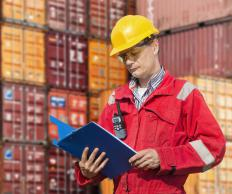 The master bill of lading lists the quantity of goods being sent in each shipment.